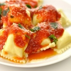 Cheese Ravioli In Aromas Tomato Sauce